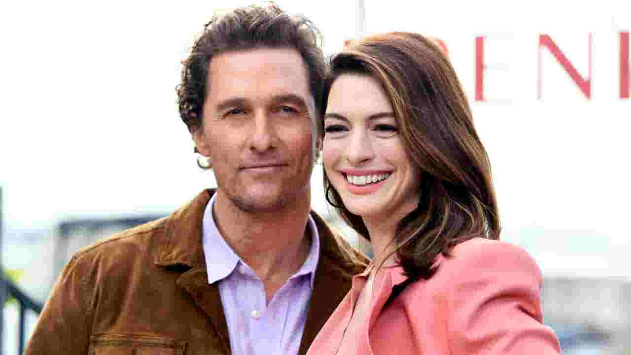 Anne Hathaway And Matthew Mcconaugheys Serenity Skewered By Critics