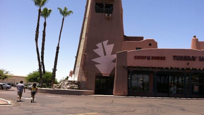 Papago Plaza at  the southwestern corner of Scottsdale and McDowell roads, is known for its characteristic pueblo-inspired architecture. It will be undergoing a major makeover.