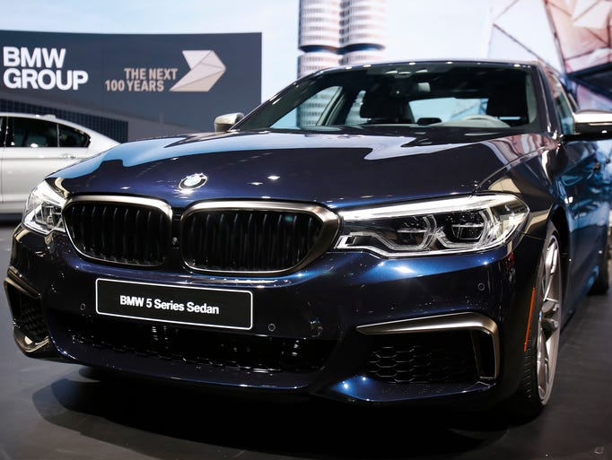 BMW releases the 2017 BMW M550i xDrive during the North