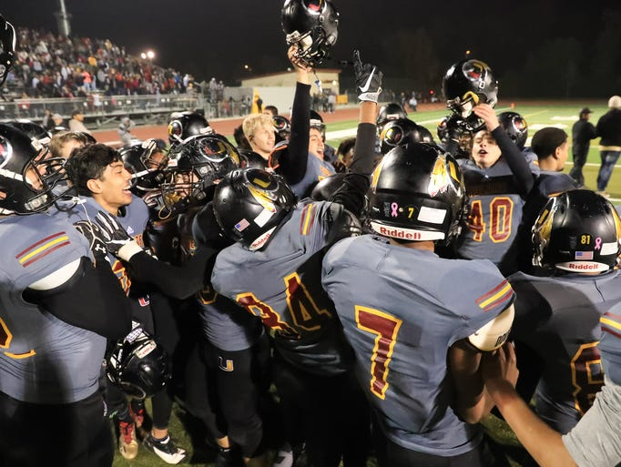 Tulare Union celebrates winning the Central Section