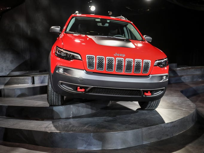 The 2019 Jeep Cherokee Trailhawk is revealed during
