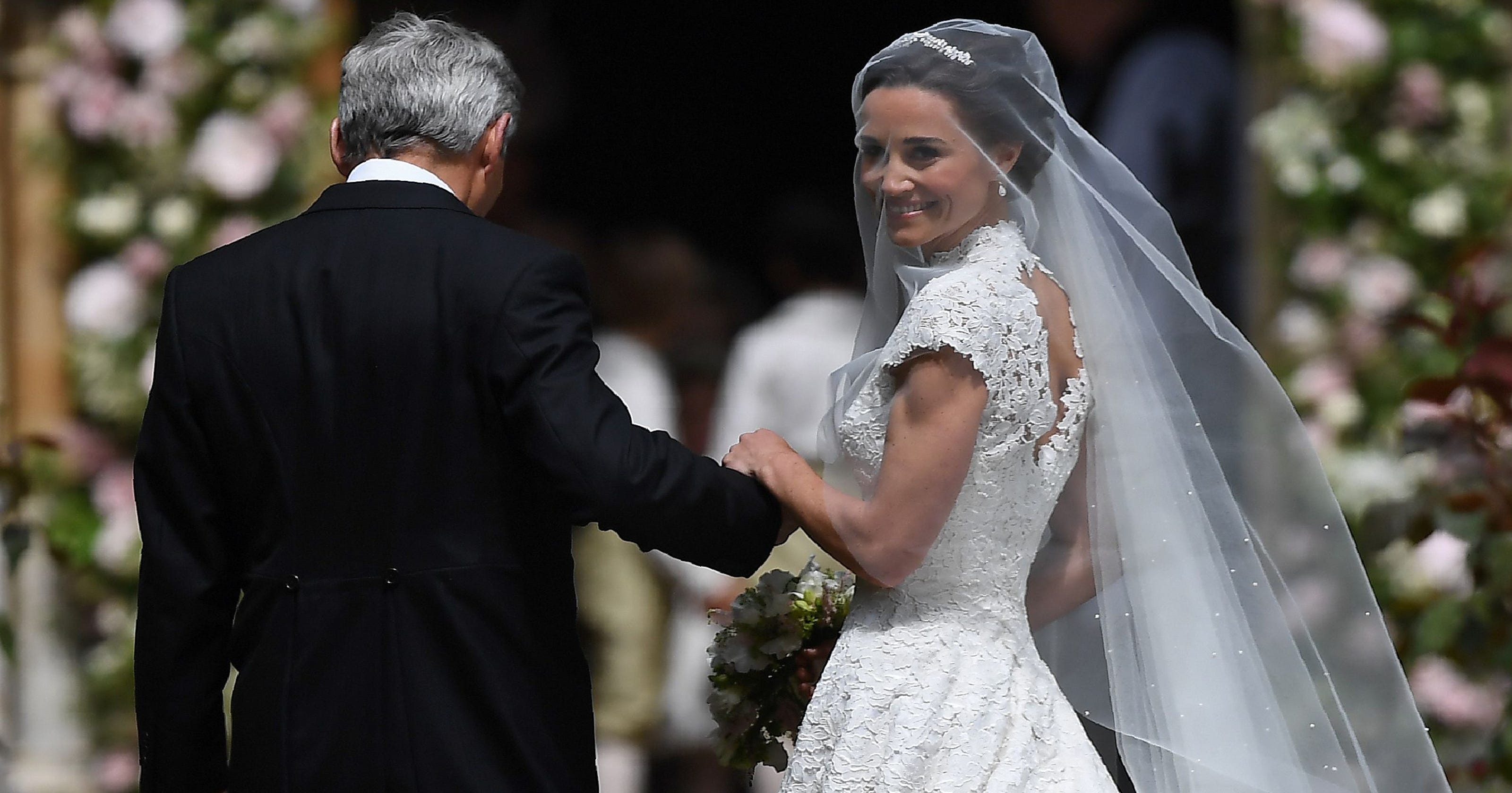 2684b480224d Pippa Middleton's wedding: Get the details on her stunning dress by Giles  Deacon