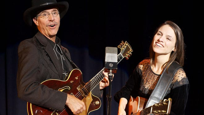 Tom Waselchuk and Jami Lampkins perform in Sweet Dreams & Honky Tonks: The Music and Lives of Hank Williams, Loretta Lynn, Patsy Cline and Johnny Cash.