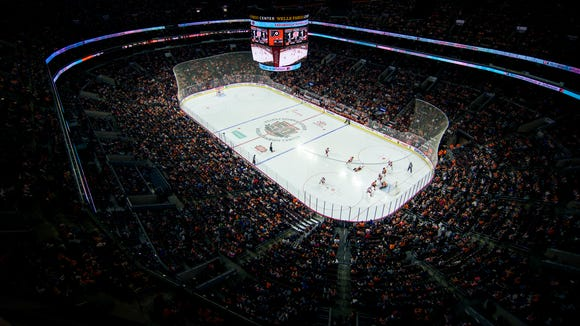The Flyers battles the Carolina Hurricanes Sunday, April 9, 2017 at the Wells Fargo Center in Philadelphia. Flyers lost 4-3 in a shootout.