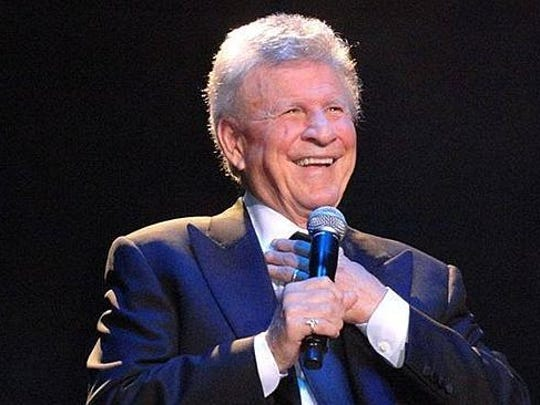 Former teen idol Bobby Rydell will be signing copies of his autobiography at the Springfield Barnes & Noble on Saturday.