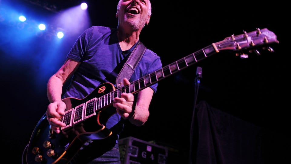 Peter Frampton performs at Hard Rock Live! in the Seminole