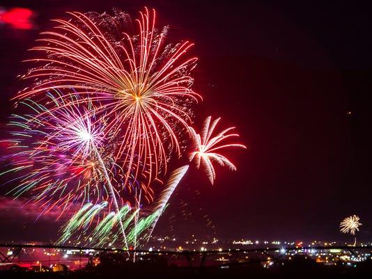 Fireworks 01.jpg