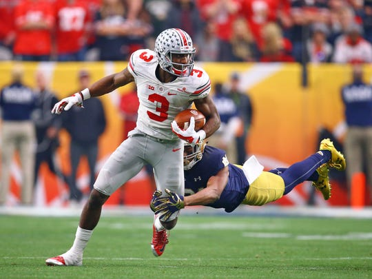 Ohio State wide receiver Michael Thomas makes a move in the Buckeyes' Fiesta Bowl win over Notre Dame.