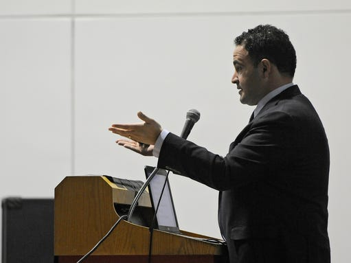 Keynote speaker Kevin Sabet talks about issues related