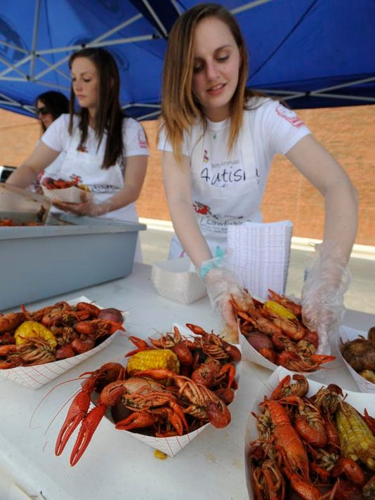 -crawfish03.jpg_20130406.jpg