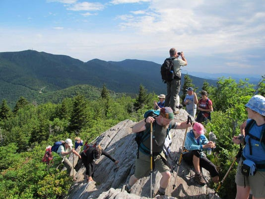 Rim-Hike-5-Pinnacle-of-the-Blue-Ridge