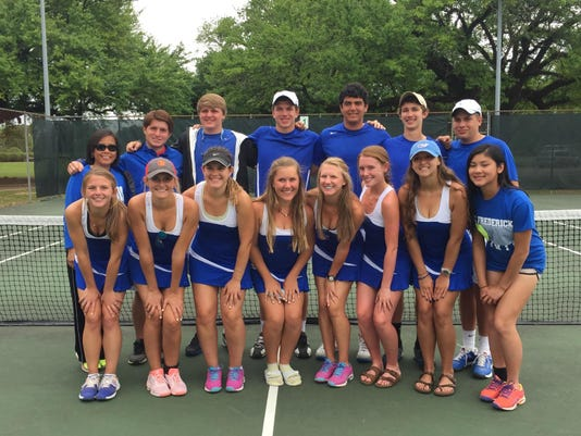 2015 Tennis Champs_4041.jpg