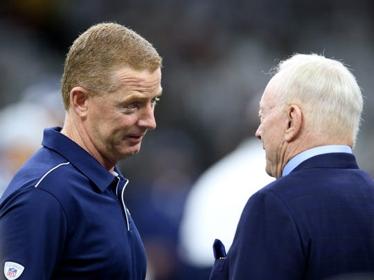 Sep 29, 2019; New Orleans, LA, USA; Dallas Cowboys head coach Jason Garrett talks to team owner Jerry Jones before their game against the New Orleans Saints at the Mercedes-Benz Superdome. Mandatory Credit: Chuck Cook-USA TODAY Sports
