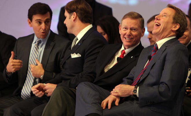 (From left) Mark Fields, Ford COO; Jim Farley, global marketing chief, Alan Mulally, CEO; and Bill Ford, executive chairman at an event for the Lincoln MKC concept at the 2013 Detroit auto show in January.