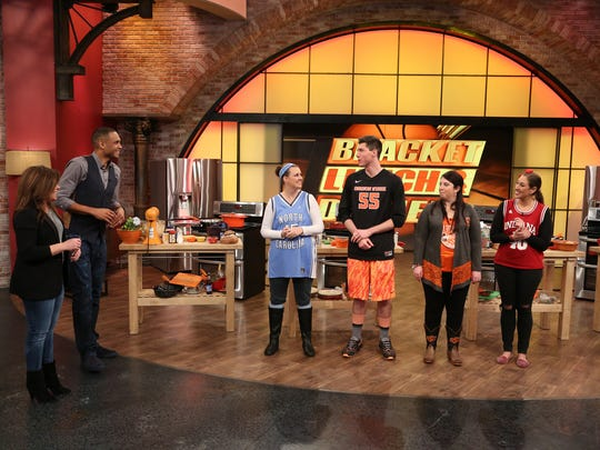 """Four of the nation's most avid college basketball fans will compete on the """"Rachael Ray"""" show Monday, including IU grad Erica Sadowsky."""