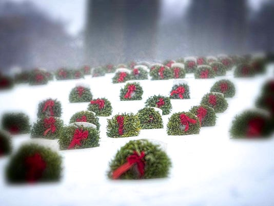635817231564274133-Tribune-Picture-for-Wreaths