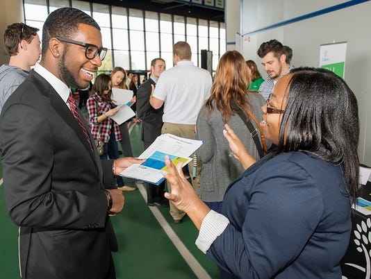 2015-10-38D Fall Career Fair