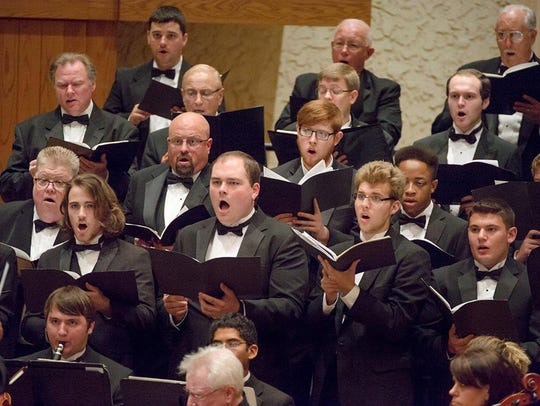Members of the MTSU Schola Cantorum and Middle Tennessee