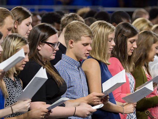 636074567453828310-Convocation-students.jpg