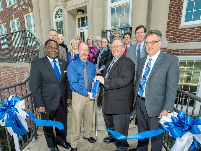 Members of the Strobel family and MTSU staff and administrators