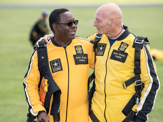 Sidney A. McPhee, MTSU President and Lt. Gen. Keith Huber, Senior Advisor for Veterans and Leadership Initiatives, parachuting with the U.S. Army's Golden Knights.