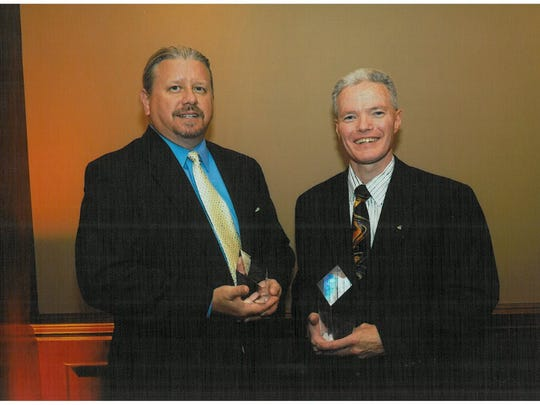 The NJ affiliate of the Institute for Supply Management (ISM-NJ) held its 21st annual Crystal Award Banquet on Wednesday, June 14, at The Palace at Somerset Park. ISM-NJ's Crystal Awards Banquet is one of its largest events of the year for procurement professionals in New Jersey.  A reception was followed by the installation of the 2017-2018 officers and directors, with awards presented to two outstanding, supply chain professionals. Robert Murphy (left), director of Supply Chain and Environmental Health & Safety Services for Arbill Industries, received the Chairman's Award, while David Jenne (right), vice president Global Procurement for Benjamin Moore & Co., was awarded the Crystal Award. Both are Certified Professionals in Supply Management (CPSM).