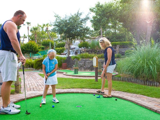 Unusual and historic miniature golf courses around the US