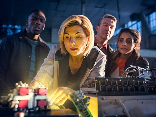Ryan Sinclair (Tosin Cole), The Doctor (Jodie Whittaker),