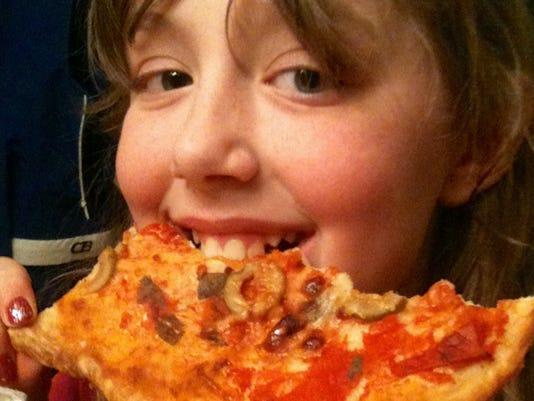 Pizza with no-sugar tomato sauce
