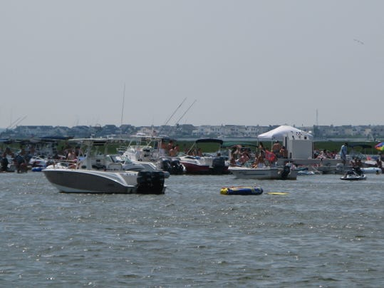 -Barnegat Bay Ship Bottom boats 014.jpg_20100719.jpg