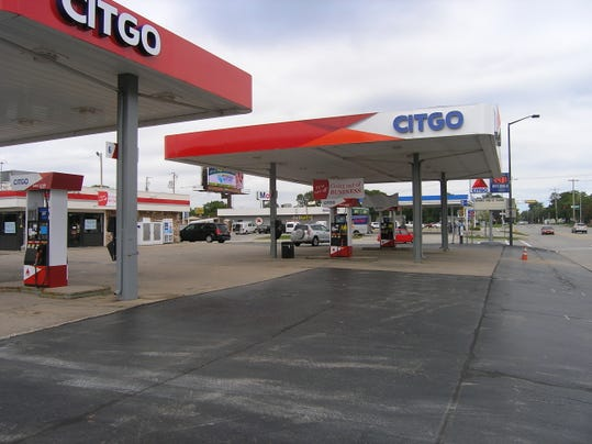 Citgo and Mobil, S. Ridge Road.JPG_20140918.jpg
