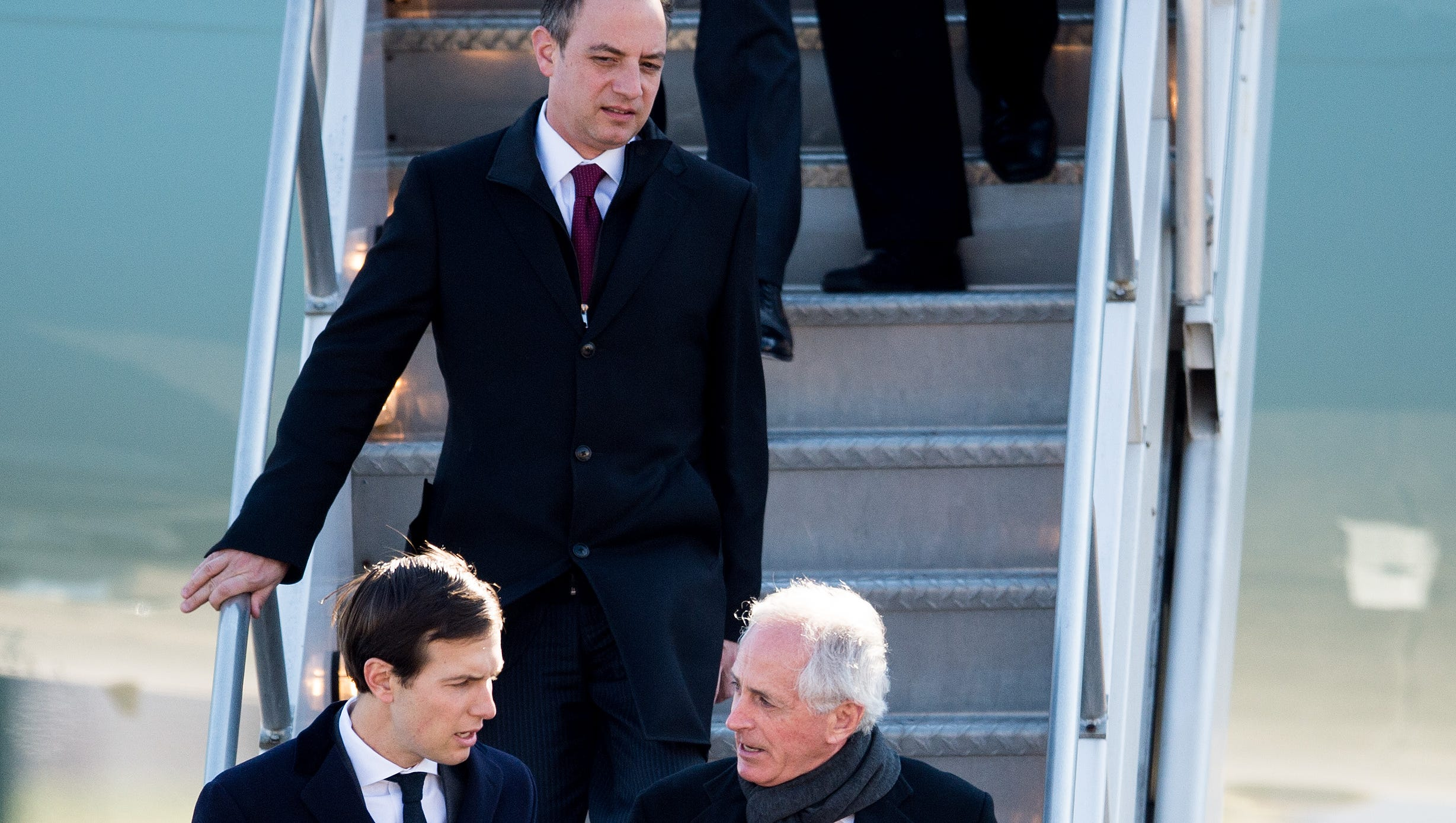 Jared Kushner Trump dismisses 'fabricated' report of son-in-law's outreach to Russia