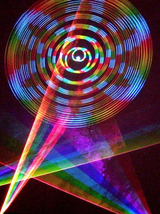 636046176470336454-RVCC-Planetarium-laser-image2.jpg