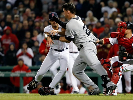USP MLB: NEW YORK YANKEES AT BOSTON RED SOX S BBA BOS NYY USA MA