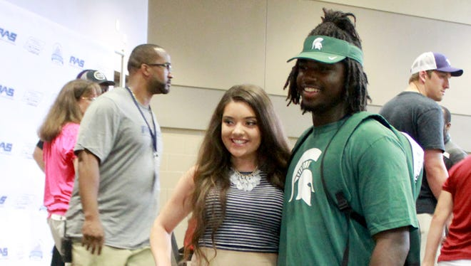 Auston Robertson also reportedly had scholarship offers from Miami (Fla.), Michigan, Mississippi, Notre Dame and Ohio State, among others.