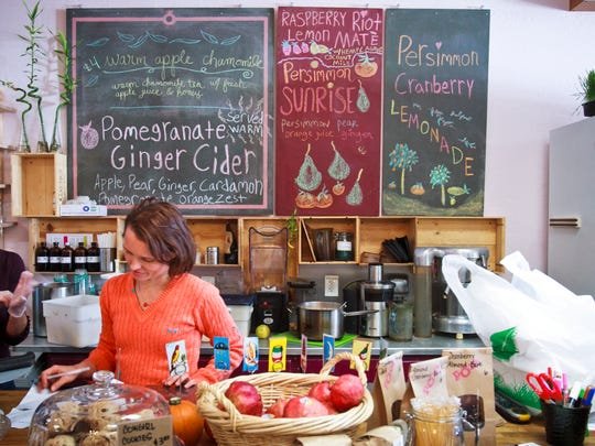 Manhattan-based National Gourmet Institute named Pomegranate Cafe one of the nation's top 10 spots for healthy and tasty food.