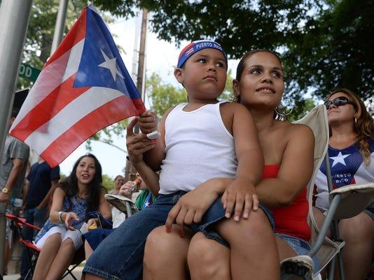 -Puerto Rican Festival Parade 04.jpg_20150726.jpg