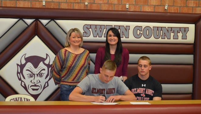 Swain County senior Graham Allen has signed to wrestle in college for Belmont-Abbey.