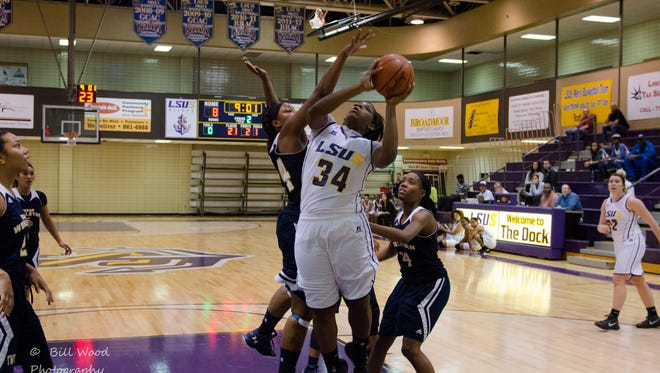 LSUS' Kourtney Pennywell has been named Louisiana Player of the Week and Red River Athletic Conference Player of the Week.
