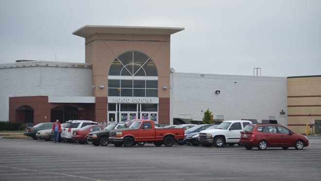 The Carmike 10 movie theatre at Governor's Square Mall.