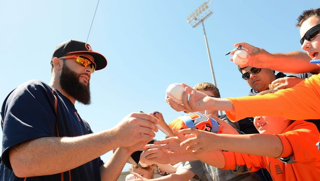 Dallas Keuchel went from Cy Young Award winner to a below-average starter in 2016.