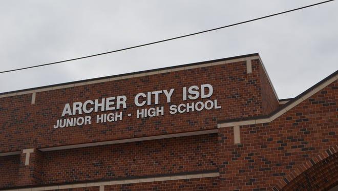 Archer City ISD will invite the public to tour its new junior-senior high school Sunday.