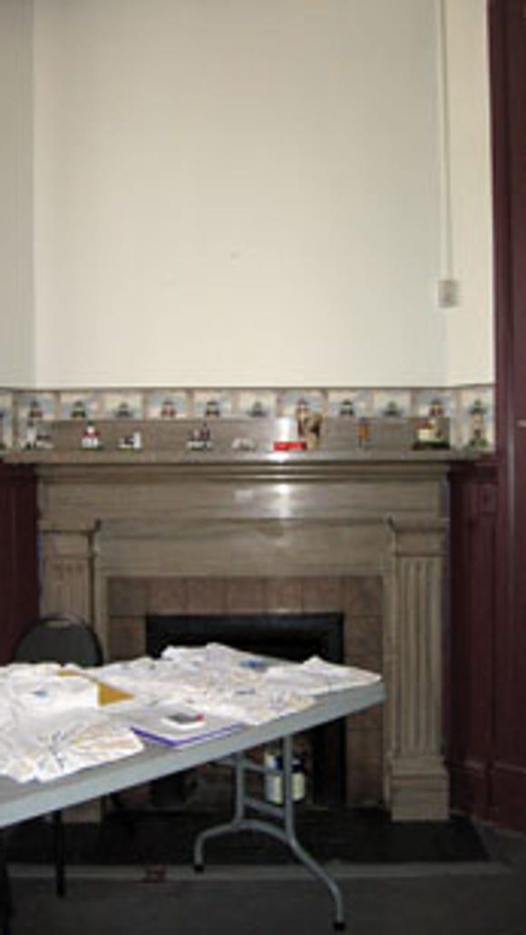 Interior corner fireplace
