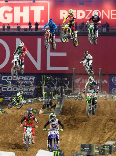 Racers during the second 250SX prelims at the Monster Energy Supercross Championship Races on Saturday, Jan. 27, 2018, at University of Phoenix Stadium in Glendale, Ariz.
