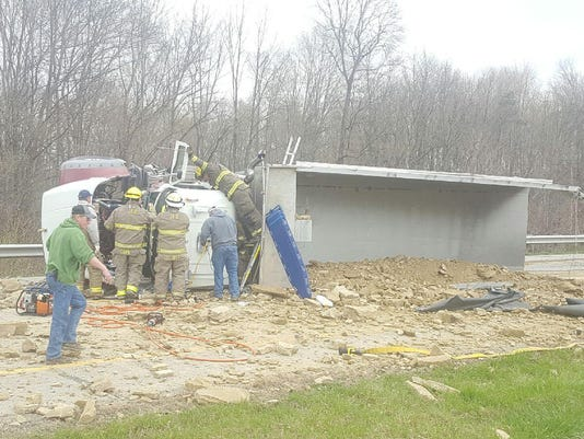 Dump truck crash.jpg