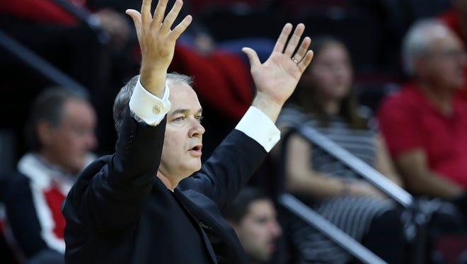Rutgers head coach Steve Pikiell reacts vs. FDU.