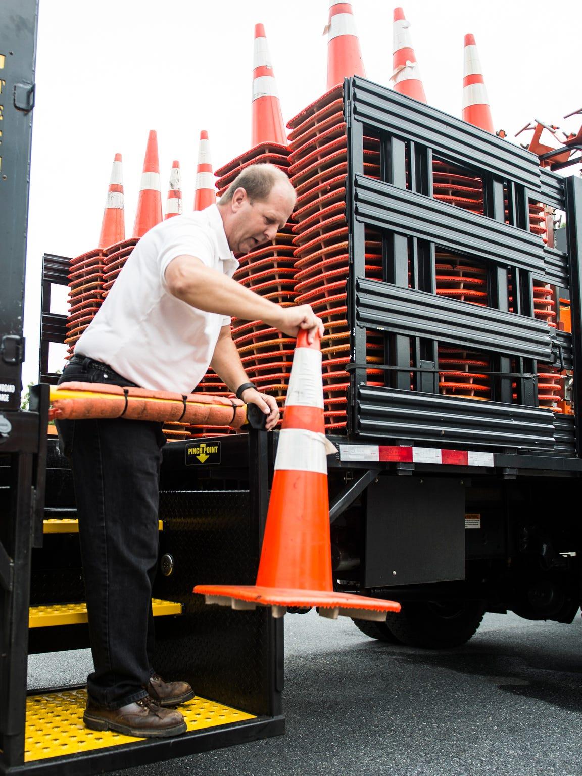 Joel Zug, District 3 Maintenance Superintendent, demonstrates