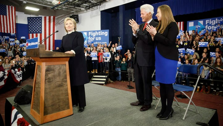 The Clintons in Hooksett, N.H., on Feb. 9, 2016.
