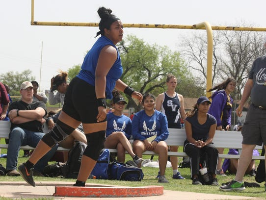 Lake View's Mya Lindsey watches her result in the Division