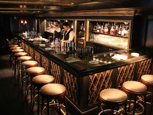 Pictures Of Champagne Room At Salvatore S